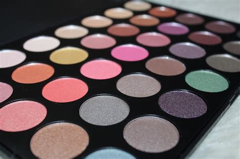Eyeshadow Bling Bling diary of a makeup morphe brushes its bling 35e eyeshadow palette review swatches