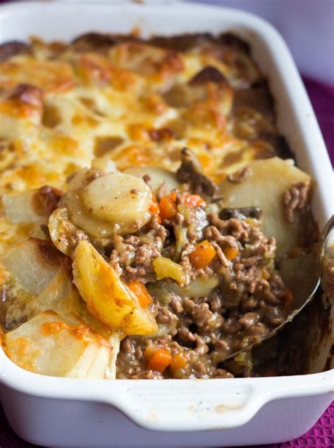 cottage pie this recipe for cottage pie topped with scalloped potato