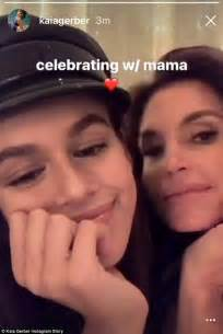 kaia gerber next supermodel kaia gerber gets support from cindy crawford after debut