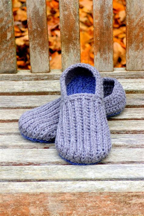 crochet pattern mens house slippers crochet pattern for mens house shoes the lazy day loafers