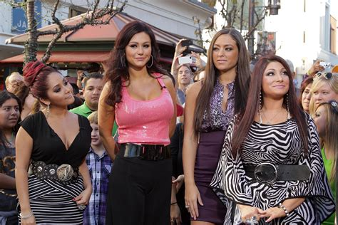 cast of the cast of mtv s jersey shore is back together
