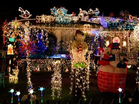 most impressive 3 d chistmas display most spectacular the top light displays photos