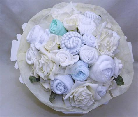 Neutral new baby clothes bouquet gift o 6m nappies heart