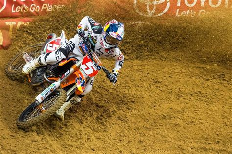 who won the motocross race today how ryan dungey won the 2015 supercross chionship