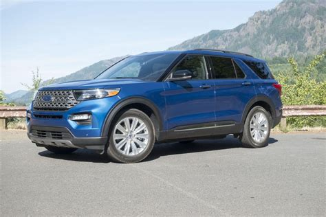2020 ford explorer hybrid mpg 2020 ford explorer hybrid sips its way to epa estimated 28