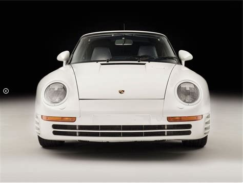 porsche dakar porsche 961 paris dakar rendered as the 911 rally car
