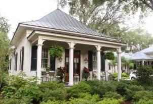southern cottages southern cottage homes on pinterest southern cottage