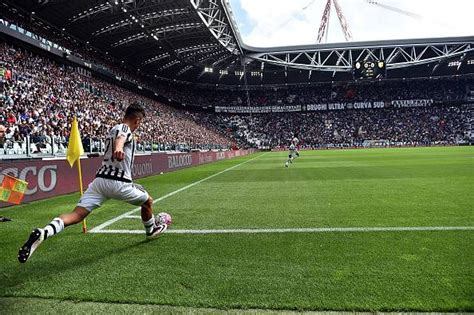 interno juventus stadium juventus stadium cori indecorosi i tifosi bianconeri