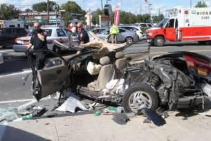 car crash new york hicksville car car crash news