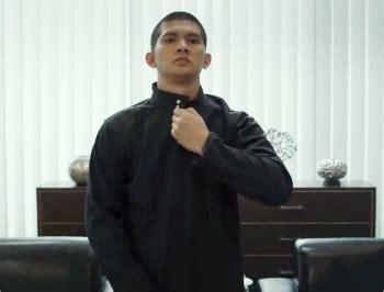 film terbaru iko uwais berandal the raid 2 rilis trailer baru jelang premiere sundance