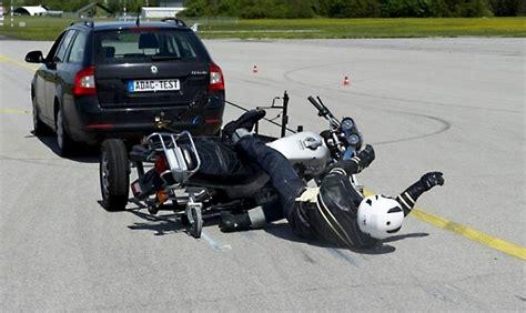 Motorrad News De by Adac Testet Motorrad Jeans Motorrad News