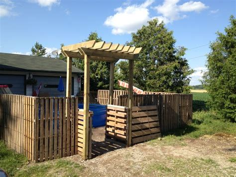 Garden Arbor Made From Pallets I Pinned It And Made It Pallet Fence With Pergola Arbor