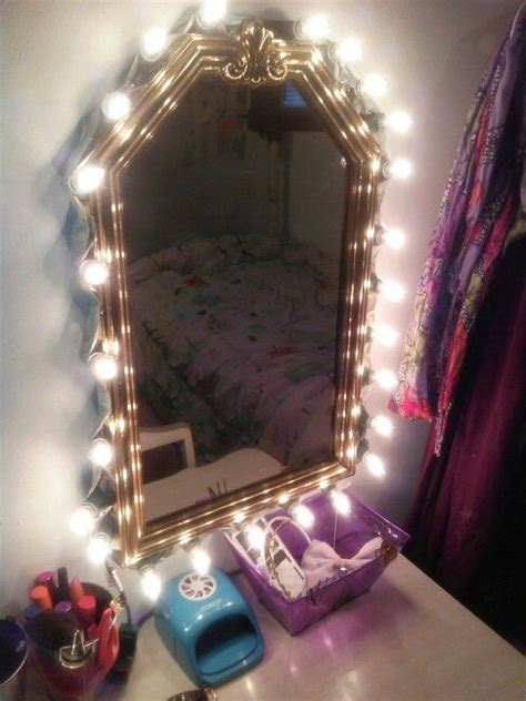 cheap vanity mirror with lights diy vanity mirror i made with a cheap goodwill mirror