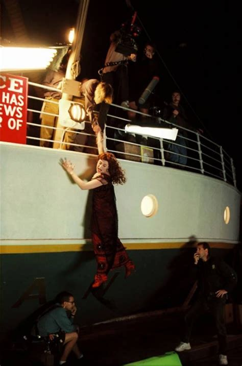 film titanic behind the scenes 10 behind the scenes photos that show quot titanic quot from a new