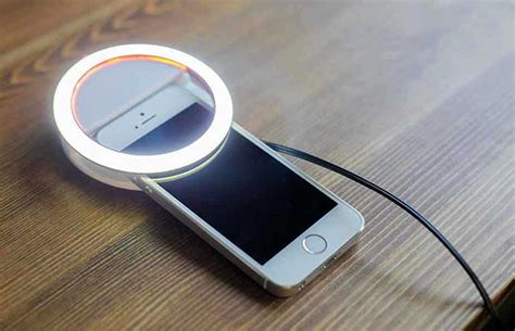 circle light for filming the is a ring light for capturing selfies on