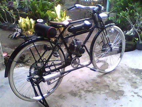 Motor Kecil Mesin Pemotong Rumput Sepeda Mesin Potong Rumput Sepeda Mesin Fanderle Motor