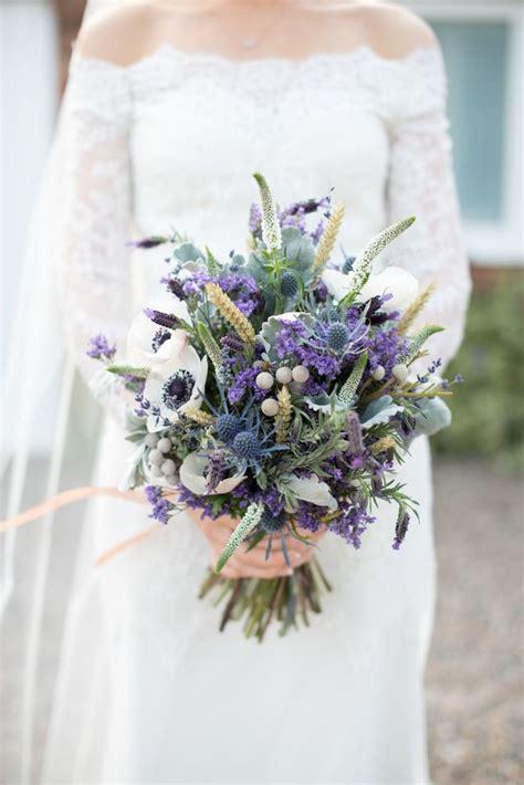 June Wedding Flower Ideas by Best 20 Thistle Bouquet Ideas On June Wedding