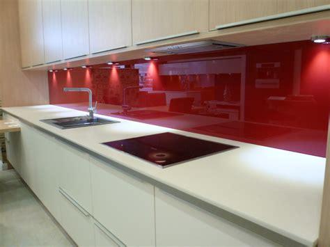 white kitchen with pink splashback kkitchen and bathroom gallery 187 gx glass