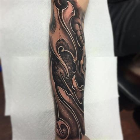 biomechanical tattoo quebec 67 best biomech images on pinterest peircings piercing