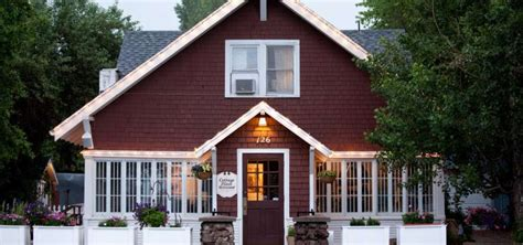 the cottage place flagstaff cottage place restaurant flagstaff roadtrippers