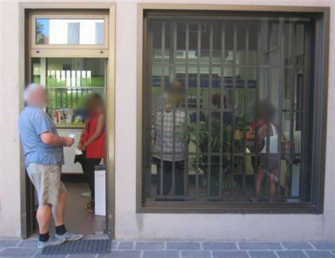 ufficio postale pero calco disagi per la posta in ritardo e gli orari degli