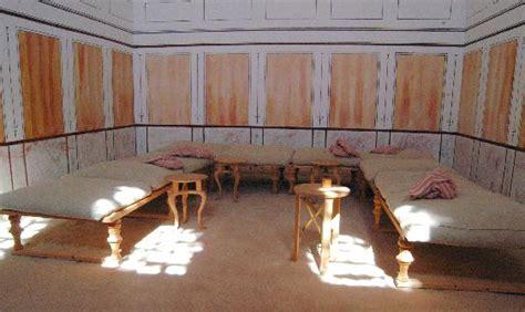 roman dining couch triclinium novaroma