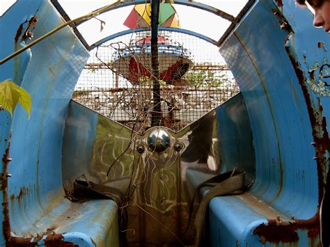okpo land south koreas abandoned amusement park 12 pics okpo land south korea s abandoned amusement park 12 pics