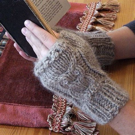 owl fingerless gloves knitting pattern cabled owl fingerless gloves with pattern diy knitting