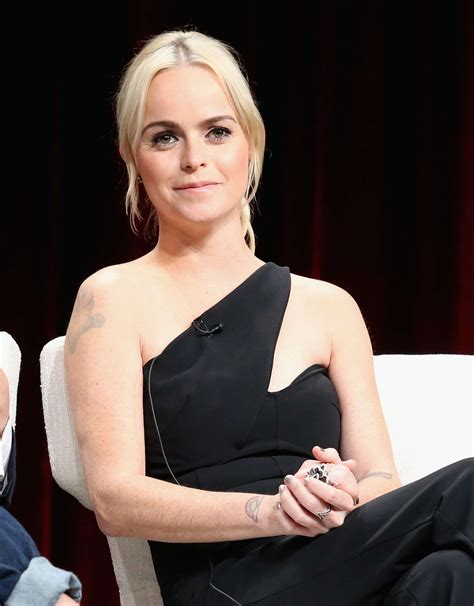 who is black singer in manning cm taryn manning orange is the new black panel in beverly