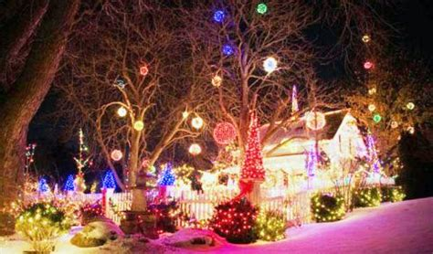 best christmas lights in michigan 2019 best light displays in michigan michigan