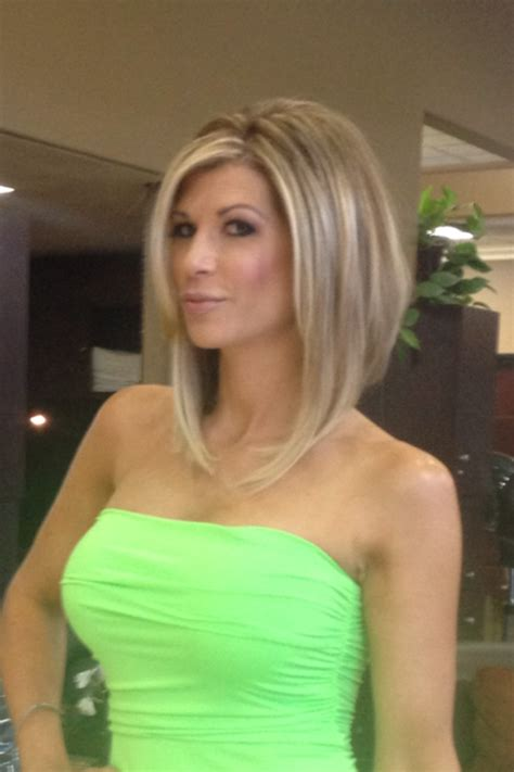 haircuts of the women from the housewives of orange county real housewives alexis bellino short hair criticized by