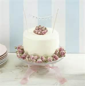 hochzeit_vintage_hochzeitstorte birthday cake bunting decoration 19 on birthday cake bunting decoration