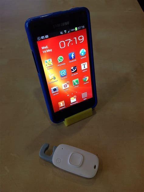 tiny mobile phone stand   model  printable stl cgtradercom