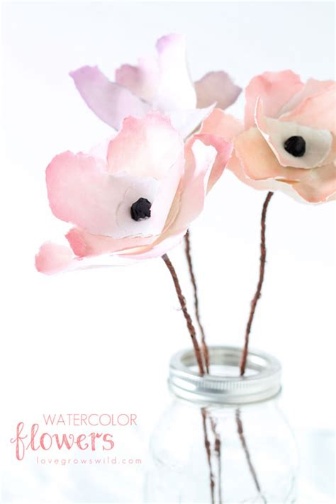 Live Laugh Love Home Decor by 20 Diy Paper Flower Tutorials How To Make Paper Flowers