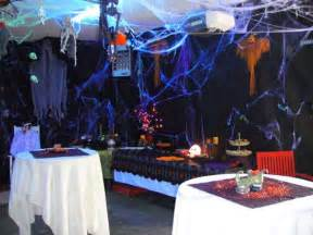How To Decorate A Halloween Party The Neat Retreat Taking Halloween To The Extreme Search