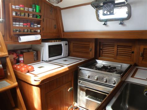 small boat fridge leave these out of your boat fridgecommuter cruiser