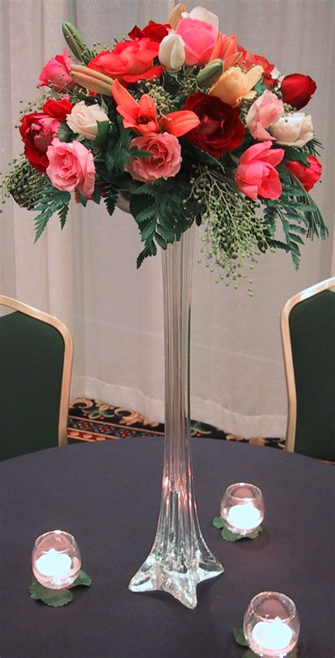 wedding centerpieces vases with flowers wedding