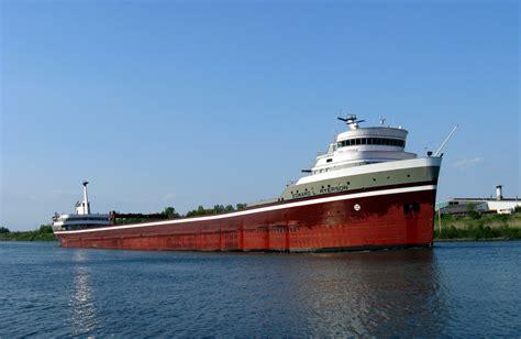 balcer boats file edward l ryerson welland canal 2008 jpg wikimedia