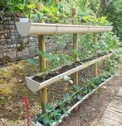 goutti 232 res en plastique pour r 233 aliser un jardin potager