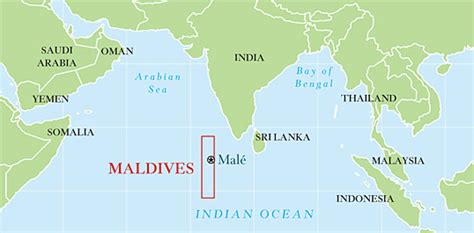 where is maldives located on the world map maldives map world