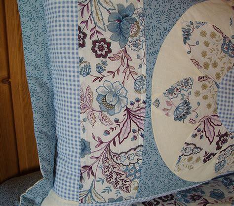 Patchworks Quilt Shop - patchworkquilt hellblau