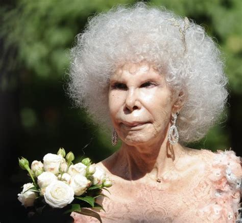 the of a duchess the widowers of the aristocracy volume 1 books 85 anos duquesa de alba se casa na espanha fotos