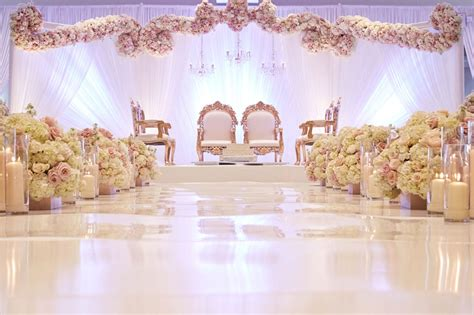 Wedding Flower Decorating by Wedding Flower Decoration In Kolkata Wedding Flowers