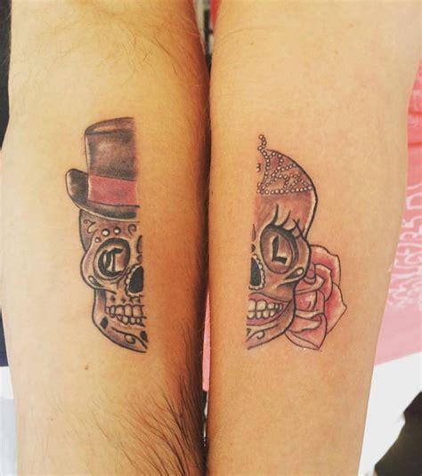 tattoo pour un couple foto paar tattoo wenn die eine seite die andere erg 228 nzt