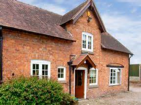 Self Catering Cottages Hshire by Self Catering Cottage In Cheshire Stable Cottage Tilston