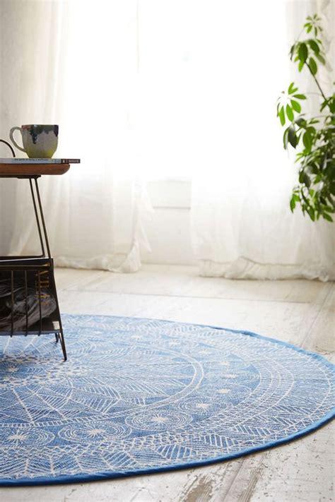 tappeti moderni rotondi tappeti rotondi il vantaggio della forma homehome