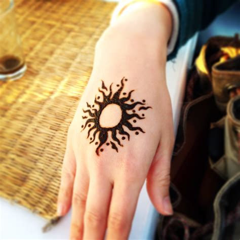 henna tattoo and sun sun henna tattoos www pixshark images