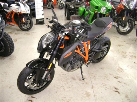 Ktm 1290 Duke Akrapovic New 2015 Ktm 1290 Duke With Akrapovic Slip On New