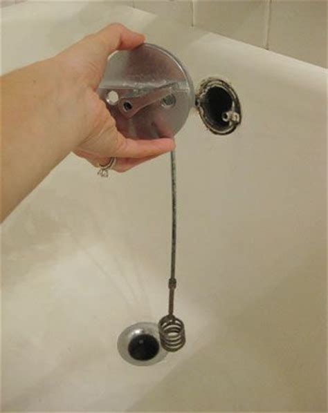 how to unclog a bathtub drain with standing water unclog a drain it works and bath tubs on pinterest