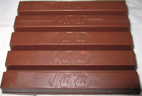 Kitkat 4 Finger Chocolate From Uk foodstuff finds kit 5 finger limited edition
